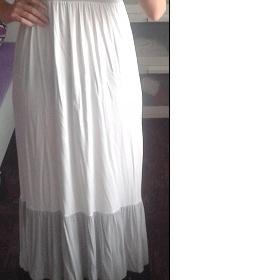 Bílo - černo - šedé maxi šaty Amisu - foto č. 1