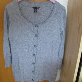 Šedivé tričko na zapínaní z H&M - foto č. 1