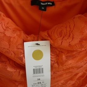 Upl� krajkovan� oran�ov� �aty Tally Weijl - foto �. 1