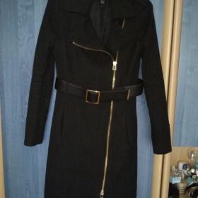 Tmavý kabát Mango - foto č. 1