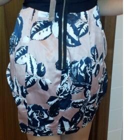 Korzetové šaty Lipsy - foto č. 1