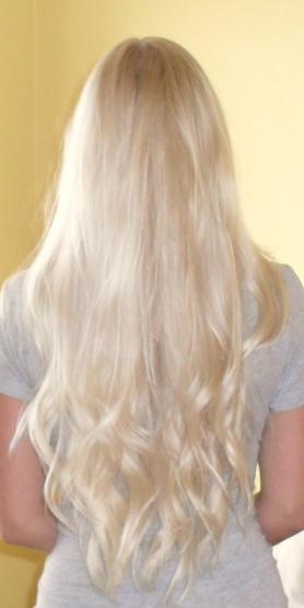 Natočené vlasy jako má Isabelle Strömberg - Diskuze Omlazení.cz (2) 43c6aa04a18