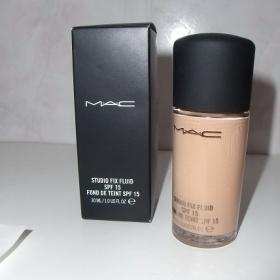 MAC - Studio Fix Fluid make up odtien NW18 - foto č. 1