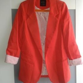 Červené sako - foto č. 1