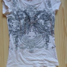 Bílé tričko s potiskem C&A - foto č. 1