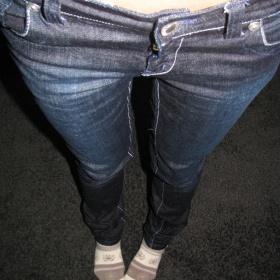 Tmavě modré džíny Ichi - foto č. 1