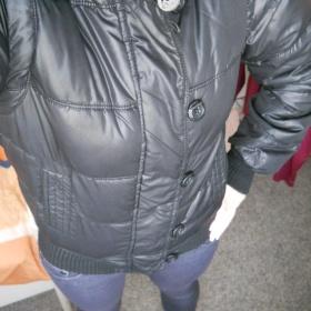 Černá zimní bunda GAte