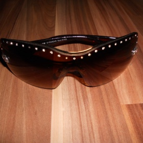 Hnědé sluneční brýle s kamínky - foto č. 1