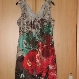 Farebné šaty koktejlky oasis - foto č. 1