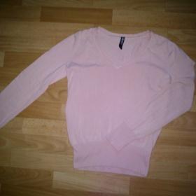Světle růžový svetřík - foto č. 1