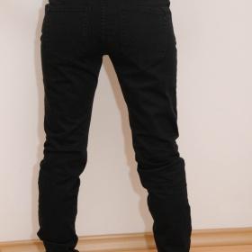 Černé kalhoty Lindex - foto č. 1