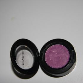 Fialové stíny MAC - foto č. 1