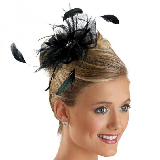 Je koktejlový klobouček vhodný na promoci  - Diskuze Omlazení.cz 17a552b464
