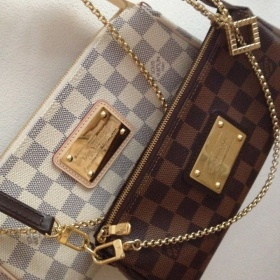 Louis Vuitton Eva Clutch Damier Ebene - foto č. 1