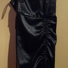 Černé šaty - foto č. 1