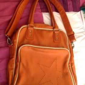 Oranžová converse taška - foto č. 1