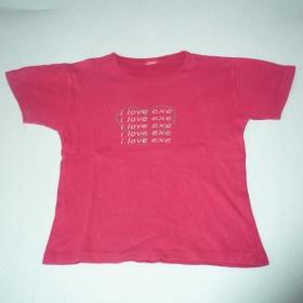 Červené triko - foto č. 1