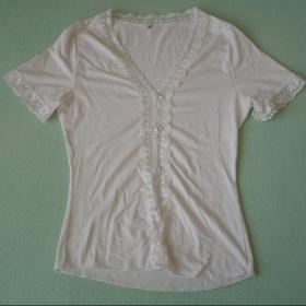 Bíle triko s krajkou - foto č. 1