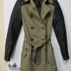 Olivový Trench coat s koženými rukávy Walter Baker - foto č. 1