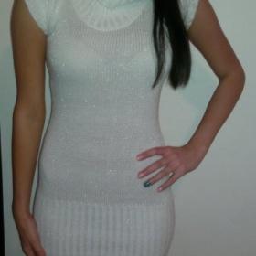Krémové svetrové šaty s velkým límcem Terranova - foto č. 1