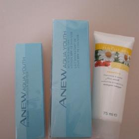 Sada pleťový a oční krém (+ maska) Avon Anew aqua - foto č. 1