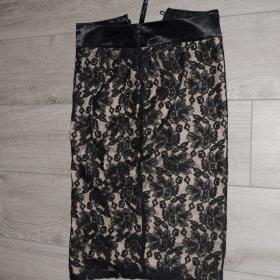 Černá krajková sukně neznačková - foto č. 1