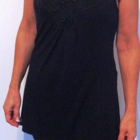 Černá  tunika, delší triko Marina Kaneva - foto č. 1