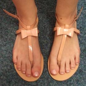 Tělové sandálky Miss K.G - foto č. 1