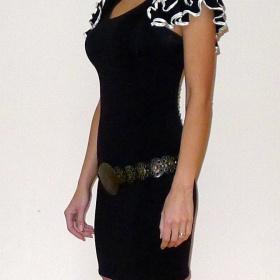 Černé  šaty s volánky New Look - foto č. 1