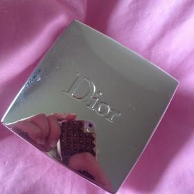 001 Rose powder rozjasňující pudr Dior - foto č. 1