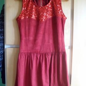 Červené šaty s flitry Millenium - foto č. 1