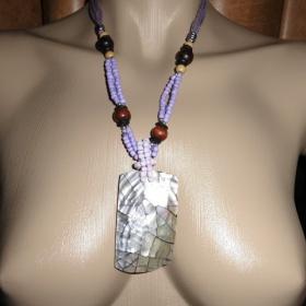 Fialový perleťový náhrdelník neznačková - foto č. 1