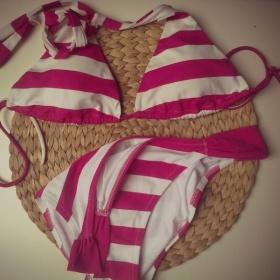 Růžovo bílé plavky Victorias' Secret - foto č. 1