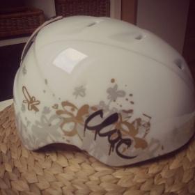 Bílá lyžařská  helma Head - foto č. 1