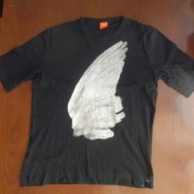 Černé pánské tričko Hugo Boss - foto č. 1
