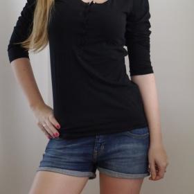 Černé tričko  Takko - foto č. 1