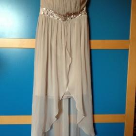 Světle šedé šaty Lipsy London - foto č. 1