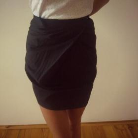 Černá pouzdrová sukně Orsay - foto č. 1