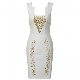 Bílo - zlaté šaty Lipsy London - foto č. 1