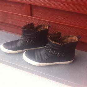 Černé  kožené boty Deichmann - foto č. 1