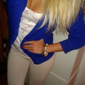 Modrý svetřík Reserved - foto č. 1