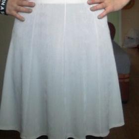 Bílá sukně Hm - foto č. 1