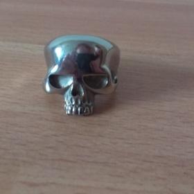 Stříbrný  prsten - lebka neznačková - foto č. 1
