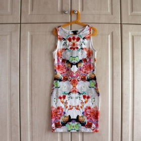 Barevné letní šaty HM - foto č. 1
