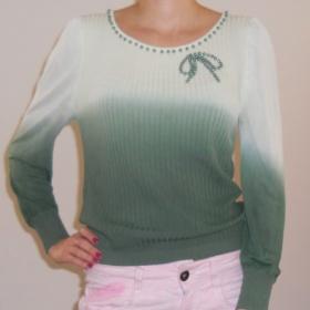 Zelený ombre svetřík neznačkový - foto č. 1