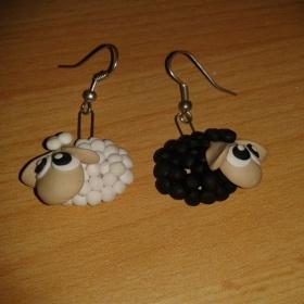 Černo - bílé naušnice ovečky neznačková - foto č. 1
