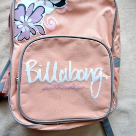 Růžový batoh Billabong - foto č. 1