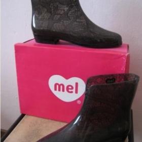 Černé holínky Mel - foto č. 1