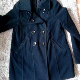 Černý kabát H&M - foto č. 1