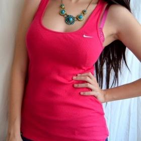 Růžové tílko Nike - foto č. 1